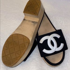 CHANEL Shoes - Chanel great condition 👌